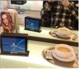 Insieme di pranzo e batteria del telefono di Partable per il Mobile Using il menu della Tabella pranzante