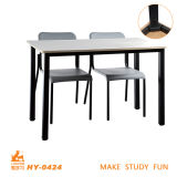 Mesa e cadeira do estudante do dobro da mobília da faculdade