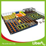 Grand Indoor Trampoline Park avec Ninja Course