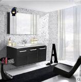 Gabinete de banheiro com o espelho 3D e grande armazenamento
