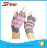 Demi de gants de Pilates de yoga de gymnastique de doigt de nouveaux de conception d'adultes non de glissade gants de forme physique, gants Fingerless de poignée d'exercice de Pilates de yoga, non gants de glissade