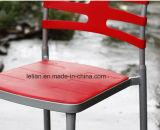 쌓을수 있는 의자 (LL-0014B)를 식사하는 Strpe 교차하는 뒤 대중음식점