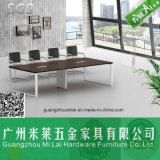 現代シンプルな設計のまっすぐなオフィス用家具の会合表