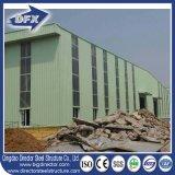La costruzione prefabbricata chiara della struttura d'acciaio del magazzino/ha prefabbricato il materiale da costruzione