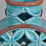 Classico scavare il supporto di candela di ceramica fuori lustrato con la maniglia del metallo
