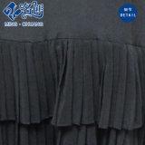 Черная безрукавный жилетка Низк-Плиссировала шелковистое сексуальное платье повелительниц способа