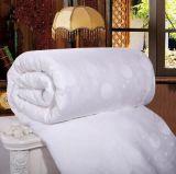 Baumwollgewebe-weiße Farben-Maulbeere-lange Silk Steppdecke