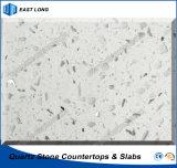 台所カウンタートップのテーブルの上の固体表面の建築材料(単一カラー)のための人工的な水晶石