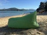 膨脹可能なLaybagのバナナの寝袋釣キャンプの屋外のベッド浜のソファーのラウンジ