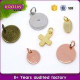 Charme van de Markeringen van het Embleem van de Vorm van het Hart van de Juwelen van de Verkoop van de fabriek de Directe Zilveren