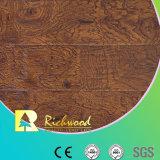 El anuncio publicitario 12.3m m E1 HDF AC4 grabado impermeabiliza el suelo laminado