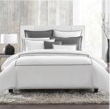 Установленные постельные принадлежности гостиницы вышивки (DPF90141)