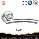 Traitements de porte classiques européens de T-Barre d'acier inoxydable de cavité de type (S5010)