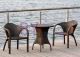 ホテルのコーヒー・ハウスの藤の屋外の食事の椅子のスリーピースの家具によって450