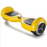 Un auto alla moda delle due rotelle 2016 che equilibra motorino elettrico Sketeboard Hoverboard