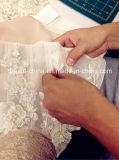 Manches Col V Profond Custom Made Une Épaule Parfaite Douce Tulle Organza Élégante Robe de Mariée Mariée (Dream-100007)