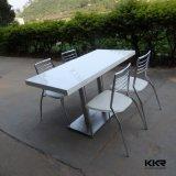 現代正方形の大理石の石造りの固体表面のダイニングテーブル