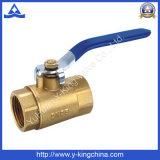Válvula de bola de latón para los sistemas de suministro de agua (YD-1015)