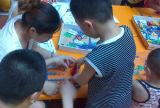 حاكّة عمليّة بيع أطفال بلاستيكيّة بناية قالب