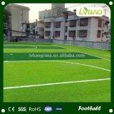 Hierba artificial del césped para el campo de fútbol