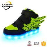 Ботинки заряжателя СИД USB светлых тапок мальчиков СИД девушок малышей светящие вскользь проблескивая