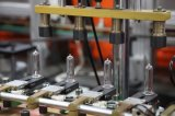 Frascos plásticos da bebida que fundem a maquinaria