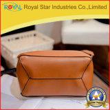 Die neue Farbe gurtet graue Form-Handtaschen