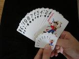 O mini tamanho projeta os cartões de jogo de papel do póquer relativo à promoção
