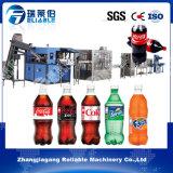 Línea de relleno en botella pequeño animal doméstico máquina del refresco carbónico