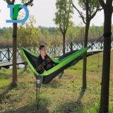 Bewegliche im Freien reisende kampierende Nylon-hängende Hängematte mit Moskito-Netz