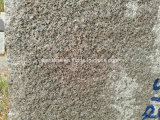 Kuru grauer Granit-Block von Finnland