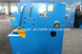 Máquina hidráulica do corte de aço e de estaca da placa