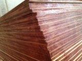 O tamanho enfrentado película 1220X2440X18mm da madeira compensada da alta qualidade, madeira compensada enfrentada lustrosa da película de superfície, película de Brown enfrentou a madeira compensada