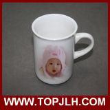 Tasse en céramique blanche extérieure lustrée lisse d'Aboraal