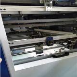 Máquina cortando automática com descascamento