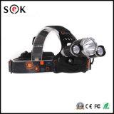 18650充電器が付いている新しい3Xクリー族のXm-L Xml T6 LED 5000lmの再充電可能なヘッドライトのヘッドライトヘッドランプ