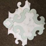 Carrara-Weiß mit Glaswasserstrahl-, gute Qualitätsmarmor-Mosaik