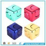 Girador projetado novo do cubo do quadrado da inquietação 2017