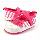 Chaussures d'intérieur inférieures molles d'enfant en bas âge de bébé