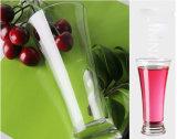 ガラスジュースのコップの飲むガラス