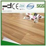 8 mm en relieve de superficie del piso laminado impermeable