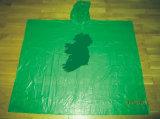 Venda por atacado elegante do verde descartável dos Ponchos da chuva do PE