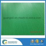 Grüne 10m horizontale Zeile Gummi-Matte