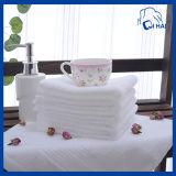 白い螺線形の浴室タオル(QHB66011))