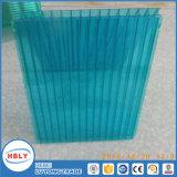 4-Layer machen Abnutzungs-Decken-Kristalldatenbahn-dekoratives Polycarbonat-Blatt feuerfest
