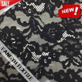 Tessuto nero elegante del merletto del fiore per il vestito