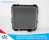 Parti dell'automobile dopo l'OEM 16400 del radiatore del mercato per Toyota Hilux 2.4 (D)