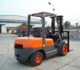 hydraulischer 4ton Gabelstapler-chinesischer Motor-Zählersaldo-Dieselgabelstapler