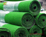 Turf artificiale con The Grass Pile Outside di The Roll Packing