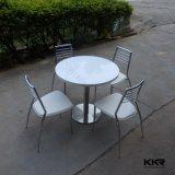 Tabella pranzante rotonda di superficie solida di pietra artificiale bianca